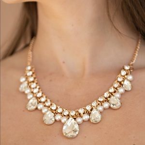 Pearl and bling necklace with earrings